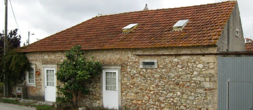 ALBERGUE PEREIRA,  the house built in 1930. Betwenn Fatima and Nazare. In the center of Portugal.